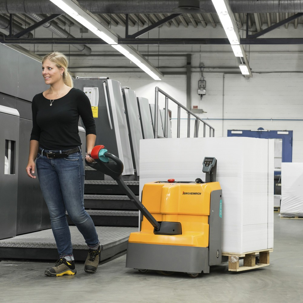 Jungheinrich EJE M15 electric lithium-ion pallet truck with scale